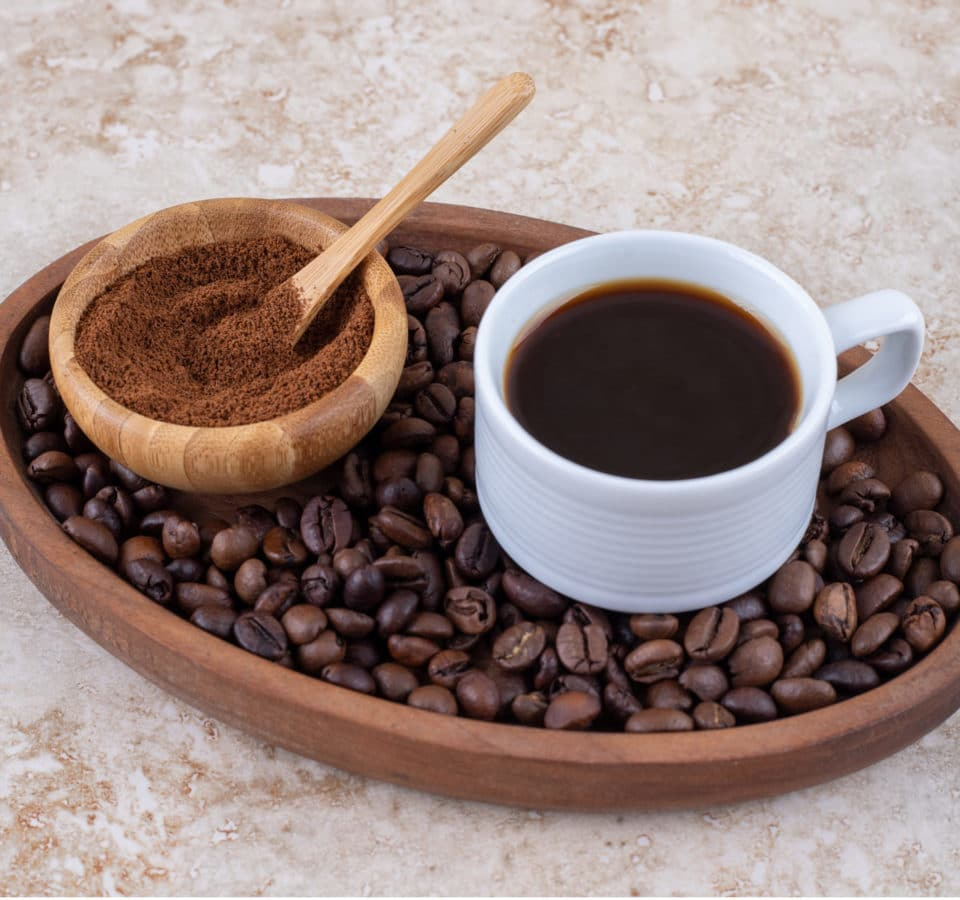 cup-coffee-small-bowl-ground-coffee-powder-pile-coffee-beans-tray (2)